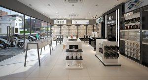 Thiết kế shop điện thoại Toàn Cầu Luxury Mobile